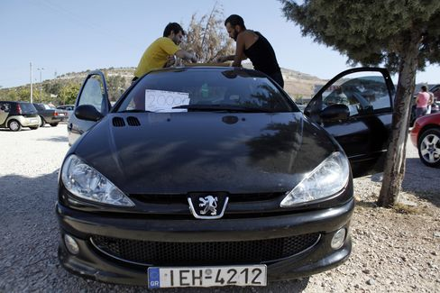 Ex-Goldman Bankers See Crisis Opportunity in Greek Car Insurance