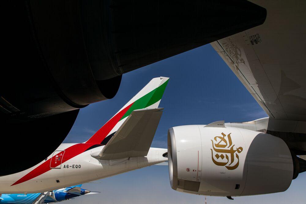 Emirates Airlines Flight Status: Cancellations Over Coronavirus - Bloomberg