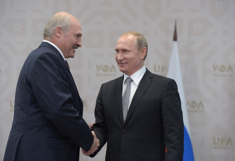 A powerful patron can be a useful thing. Lukashenko and Putin, seen here in 2015.