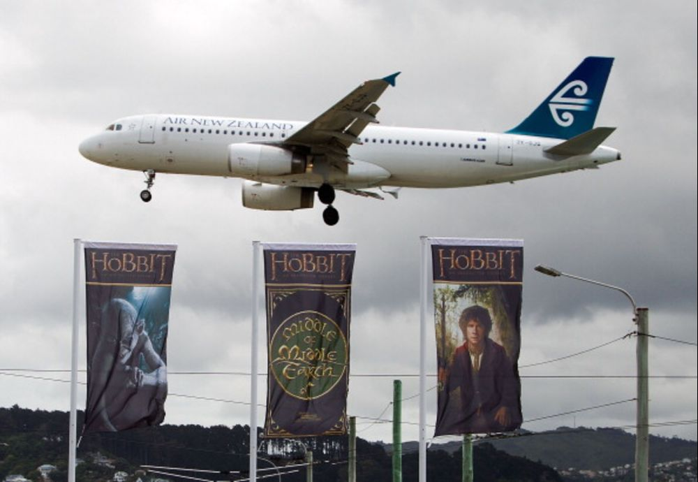 A Hobbit Won't Help With Your Oxygen Mask - Bloomberg