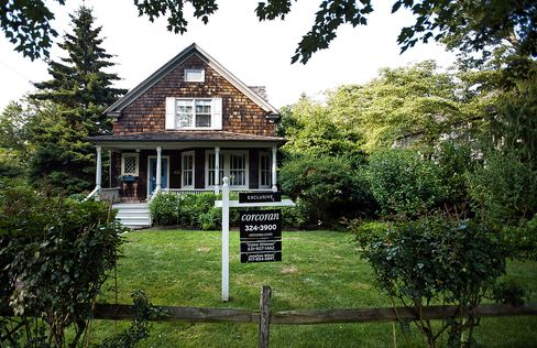 Previously Owned U.S. Home Pending Sales Fell