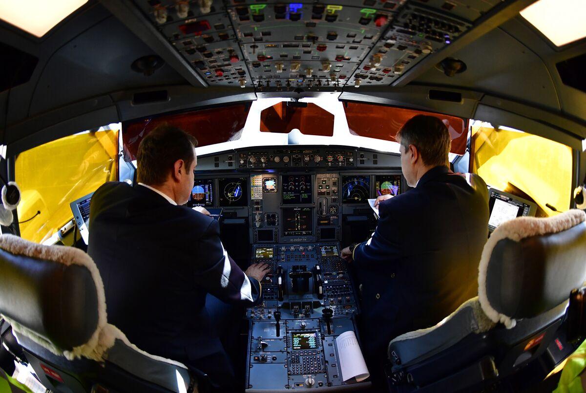 Aeroflot, Emirates Named as Having Biggest Pilot Gender Gap