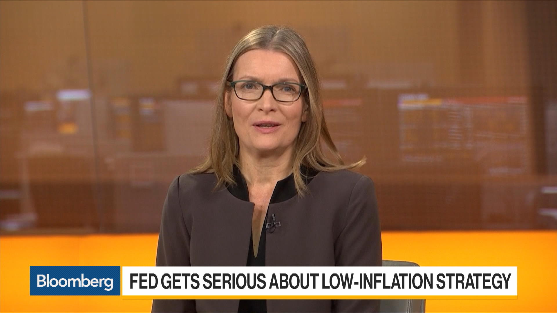 Fed Can Afford to Pause in 2020, Says StanChart's Hewin