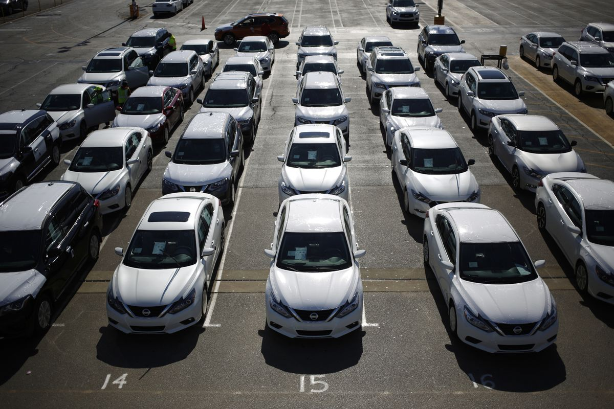Nissan, Renault Need Alliance More Than Ever to Survive Pandemic