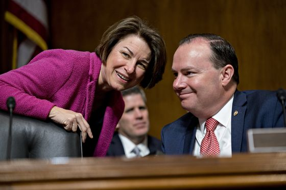 Unlikely Senate Alliance of Klobuchar, Lee Paints a Bull's-Eye on Big Tech