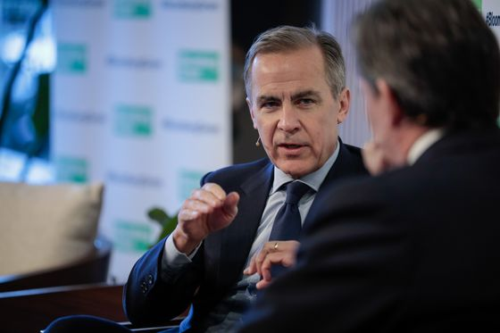 BOE's Carney Says Lack of U.S. Climate Engagement Is Difficult