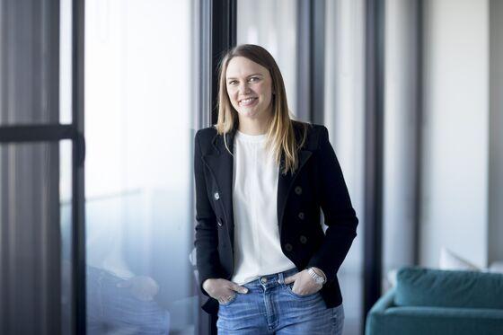 Bankers Flee Wall Street, Head Home to Virus-Free Australia
