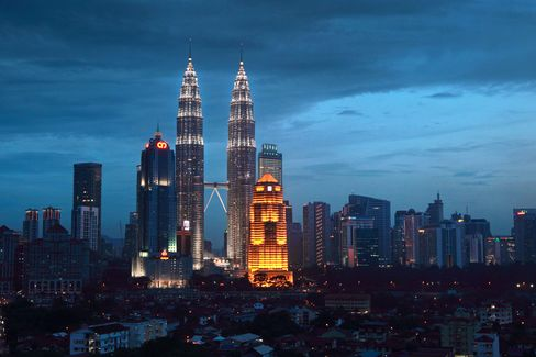 Malaysia Lobbied Canada on Petronas-Progress Bid, Documents Show