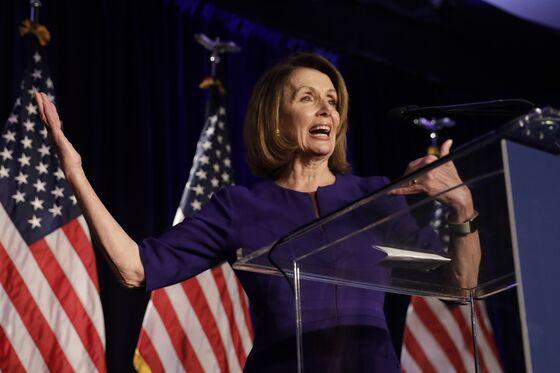 Pelosi Poised to Retake Speaker's Gavel Absent Clear Challenger