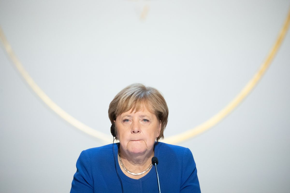 Merkel Fends Off Another Hustle From Upstart Tipped for Her Job