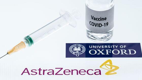 AstraZeneca-Oxford Covid Vaccine Gains First Clearance With U.K. Nod