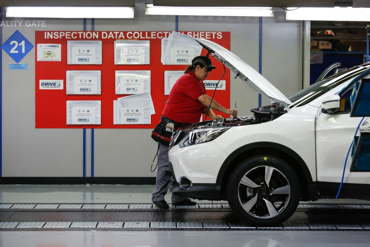 Nissan Warns About Future of European Plants as Brexit Weighs