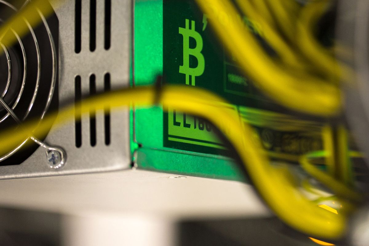 As Bitcoin Plunged, These Crypto Hedge Funds Kept Making