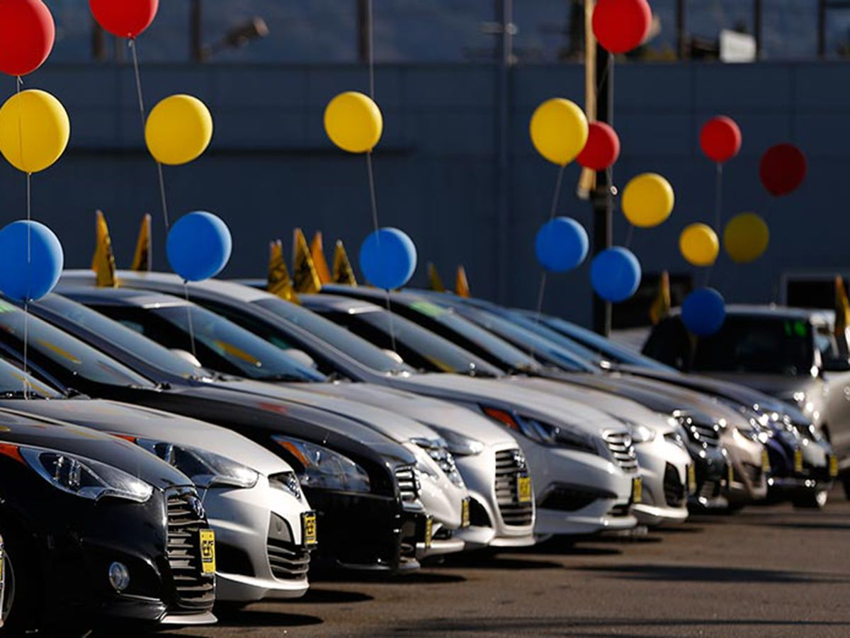 Labor Day in August Makes Things Easier for Auto Sales