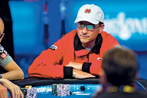 With the help of a 22-year-old coach, Einhorn won $4.35 million at a World Series of Poker tournament in 2012. He donated it all to charity