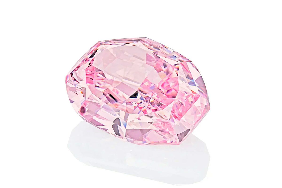 Pink Russian Diamond May Rank Among World's Most Valuable Gems