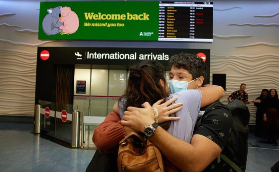 Global Travel Braces for Vaccine-Powered Revival