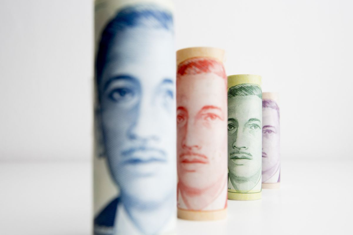 Singapore Dollar and Korean Won Get Dumped as Virus Cases Rise