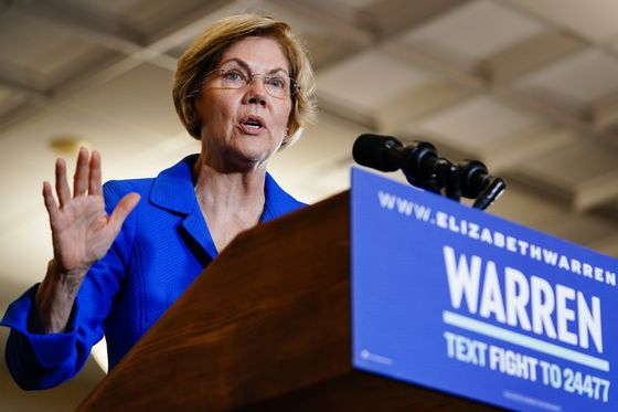 Warren Apologizes to Women of Color Over Nevada Office