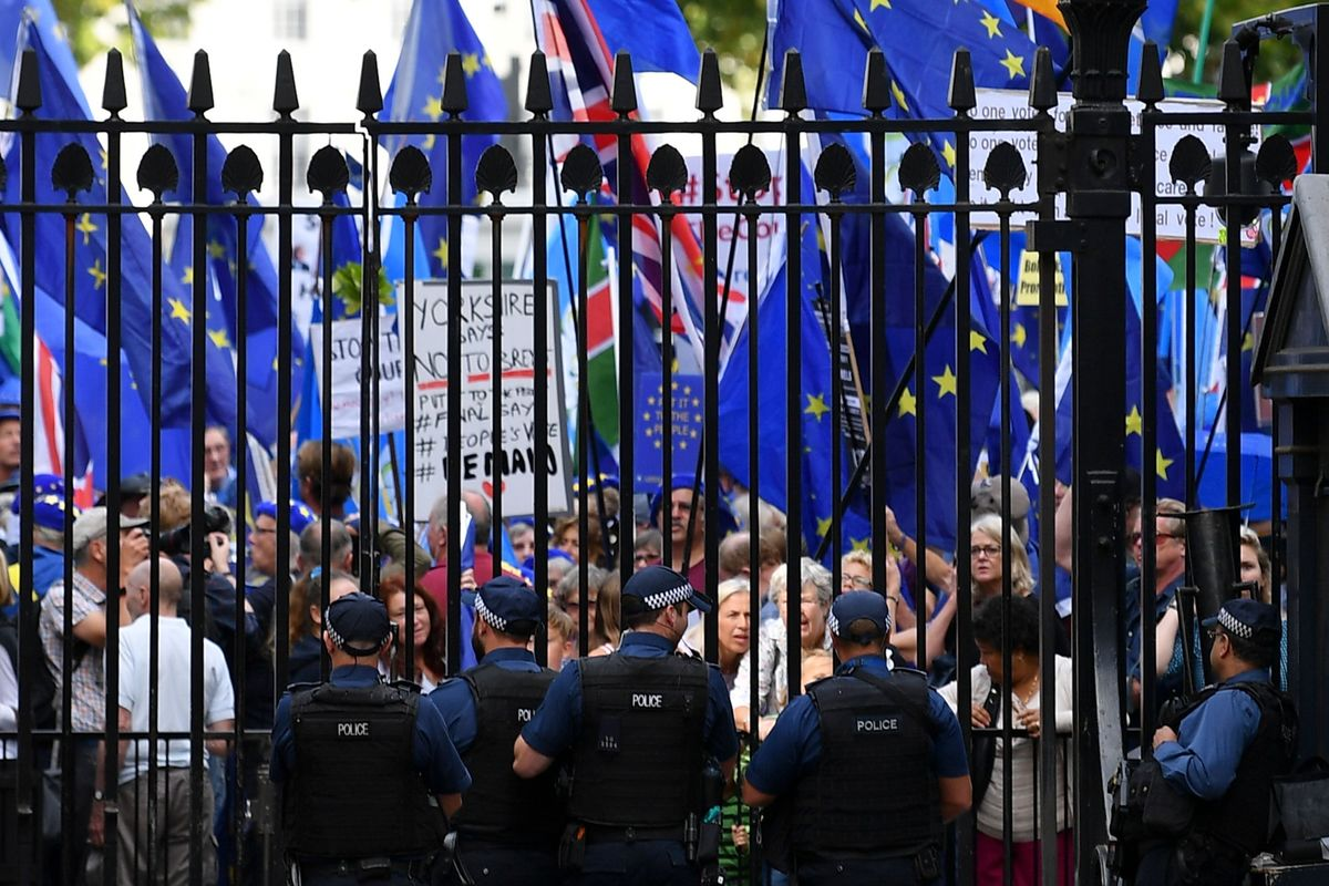 Brexit on Trial as Johnson's Plans Go To Court
