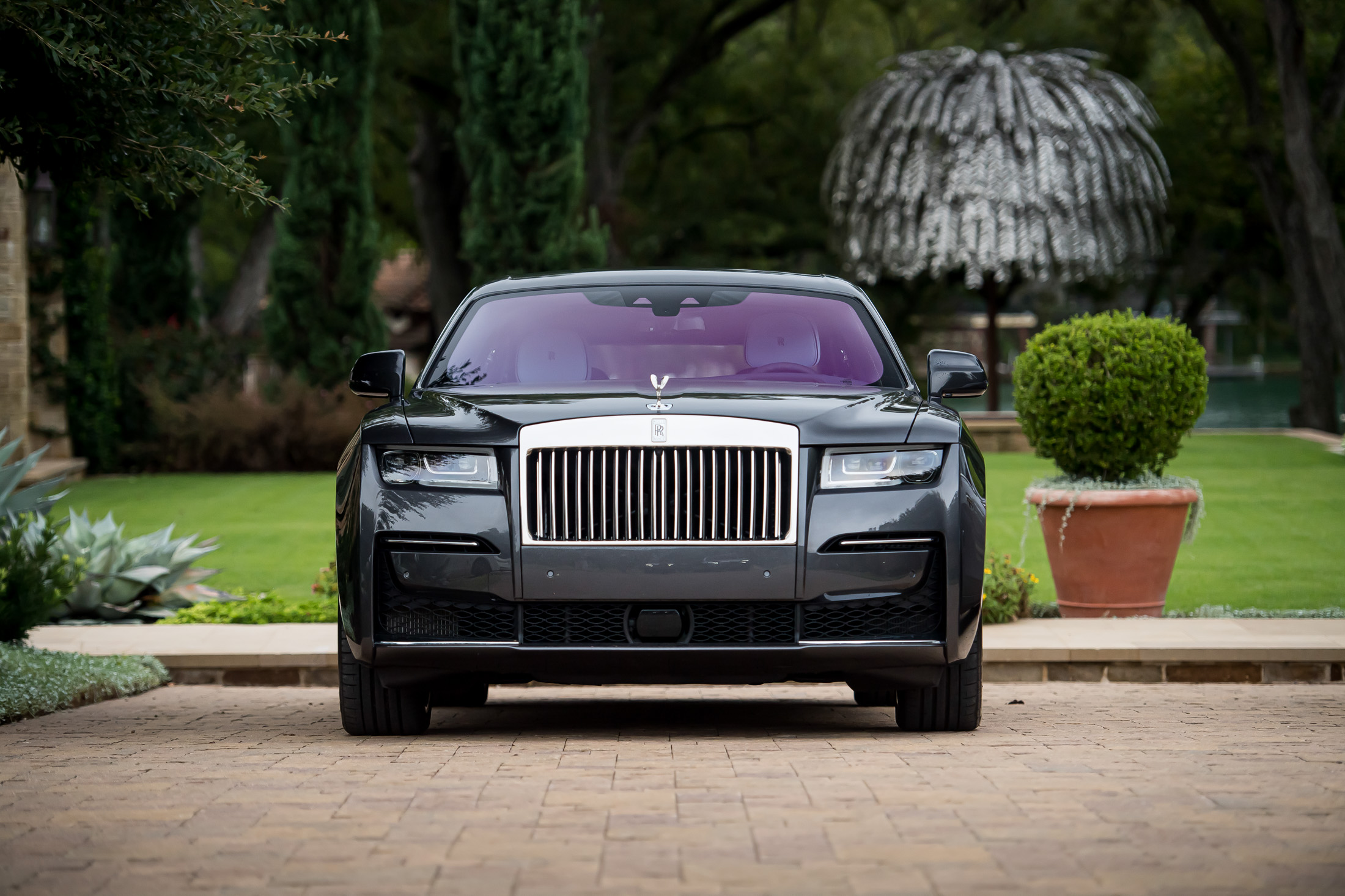 relates to Wealth Migration Spurs a Record-Setting Quarter for Rolls-Royce