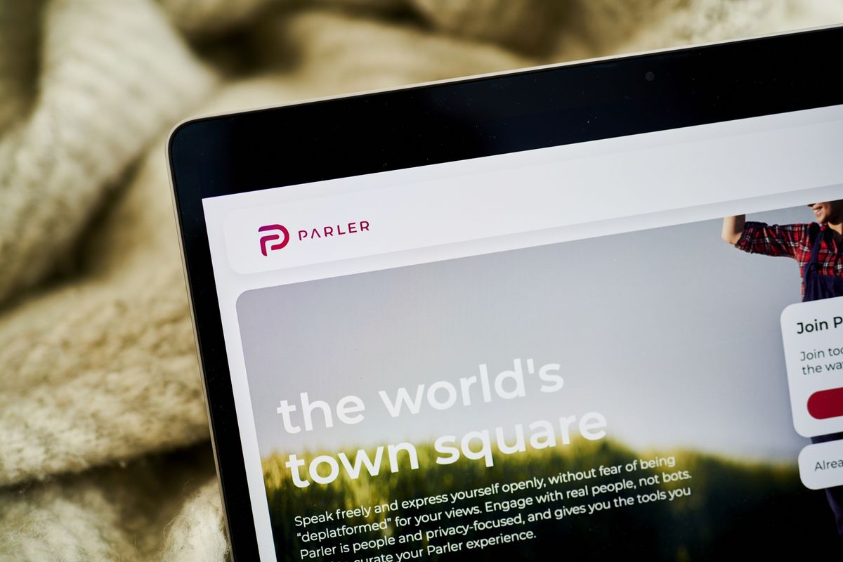 Mercer-Backed Parler Casts Its Reboot as Fight for Free Speech thumbnail