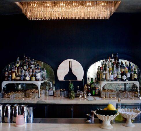 The bar at Gwen