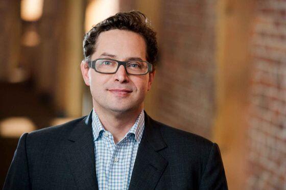 Startups Hustle to Raise Cash Before Recession Strikes
