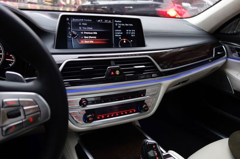 The 7-Series uses the first touchscreen BMW has ever developed for production.