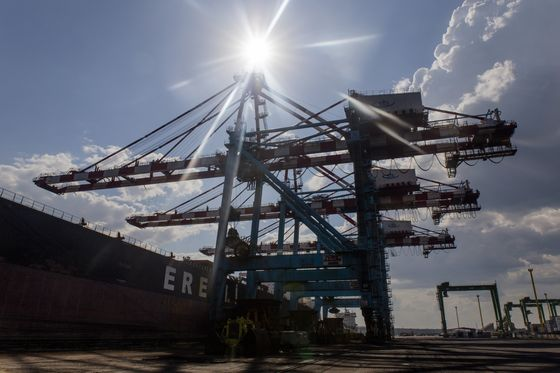 Ukraine's Ports Show Struggles to Join Global Economy