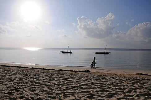 A nearly deserted beach in Mombasa, one of Kenya's coastal tourist hotspots.