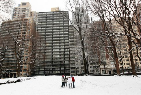 New York, Northeast May Get 14 Inches Snow From New Storm
