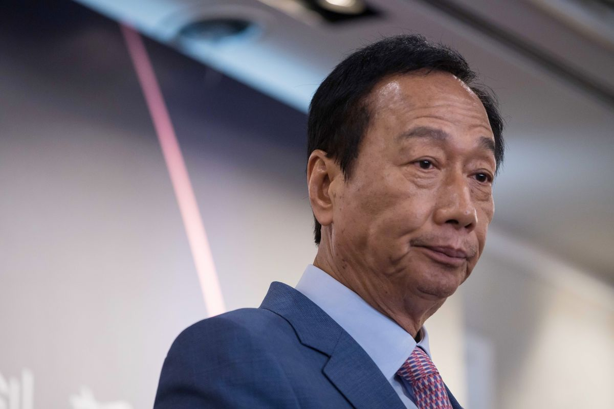 Foxconn's Terry Gou Vows to Fire Up Wisconsin Plant This Year