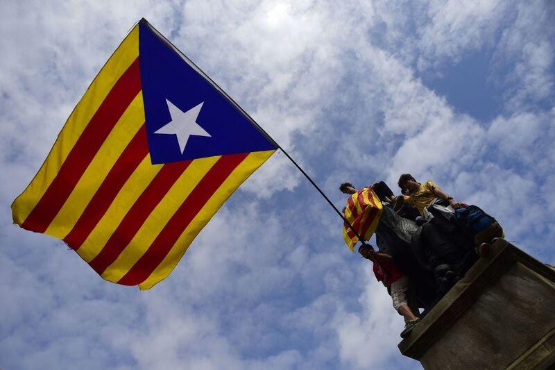 """Τι """"χρωστάει"""" η Ισπανία στην Καταλονία και τι η Καταλονία στην Ισπανία"""