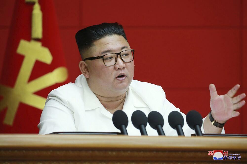 北朝鮮が発する難解なシグナル-金正恩氏に何が起きているのか - Bloomberg