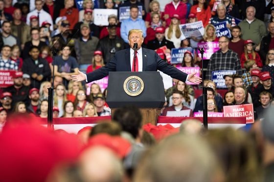 The Latest on Trump's Last Day of Midterm Election Campaigning