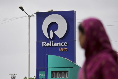 Goldman Picks Reliance as Bharti Favored in Top 10