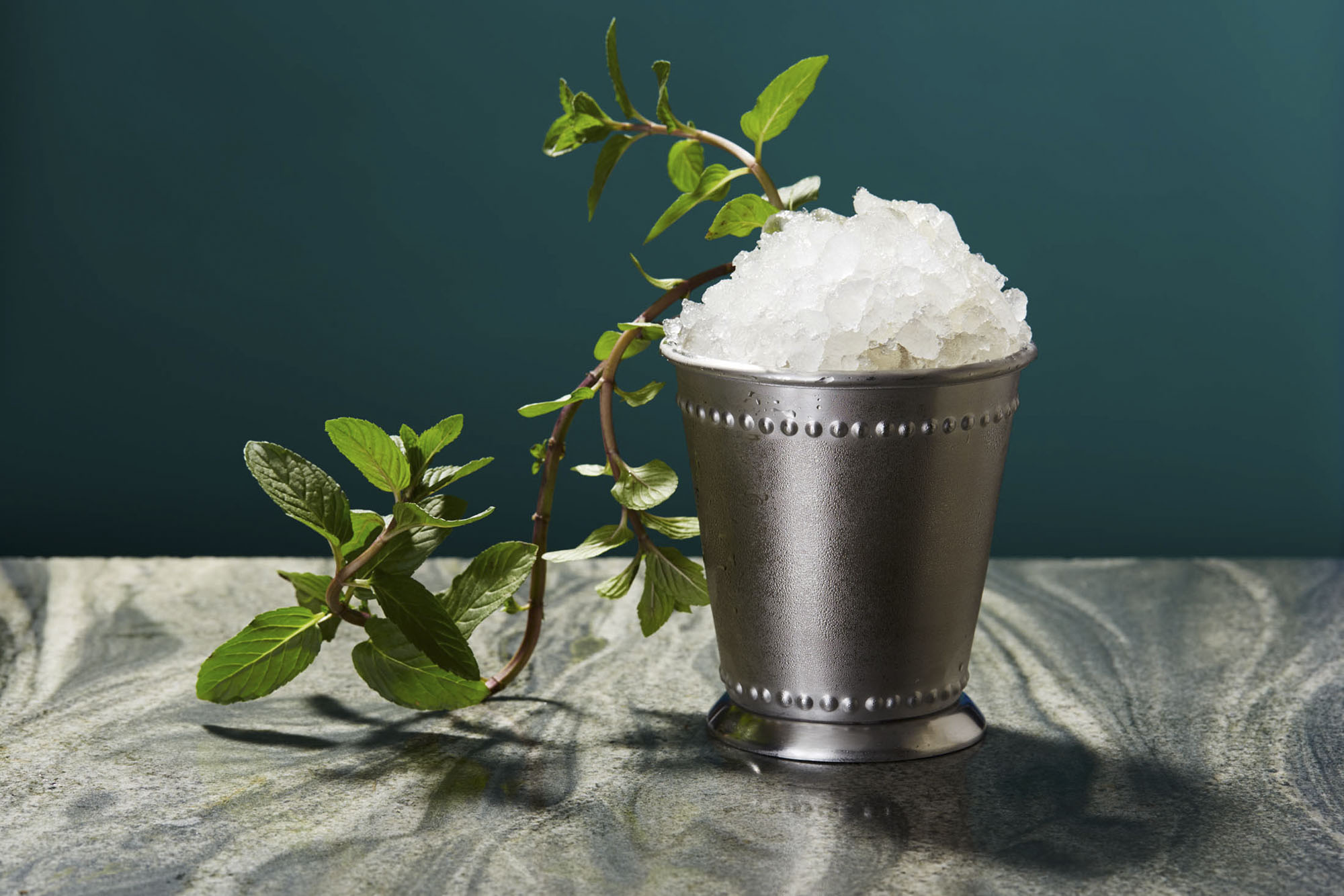 A cool, delicious Mint Julep cocktail