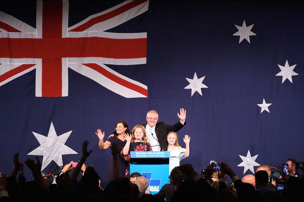 Australian Dollar Strengthens After Morrison Clings to Power