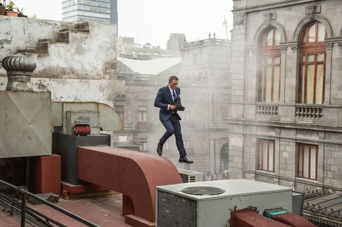 Bond wears bespoke Tom Ford suits throughout the film.