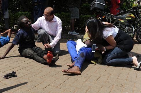 Kenyan Mall Attack by al-Qaeda-Linked Militants Leaves 39 Dead
