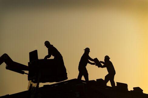 Arizona's Homebuilding Revival Sparks Bidding Wars