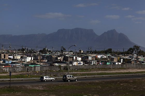 Fear Stalks Township Streets of South Africa Murder Capital