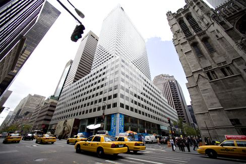 Vornado to Buy Retail Stores at 666 Fifth for $707 Million