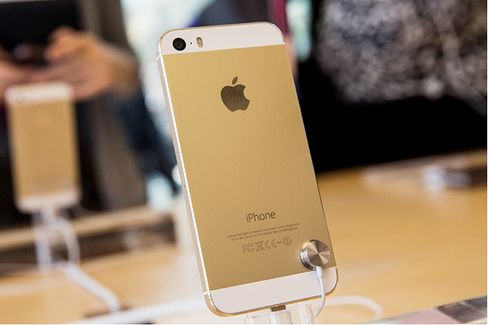 Apple's iPhone, the New International Currency