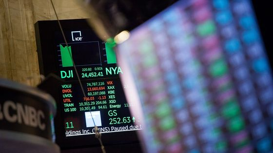Stocks Defy Valuation Worries, Closing at Record: Markets Wrap
