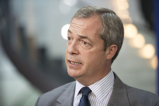 Farage-Linked Brexit Pollster Faces Scrutiny Over Operations