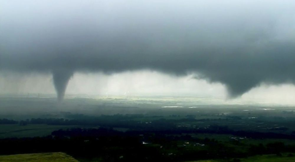 Tornando Confirmed Near Tulsa Airport As Dangerous Storms Head East