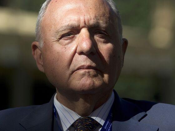 Italy's Democrats Claim League, Five Star Had Euro Exit Plan