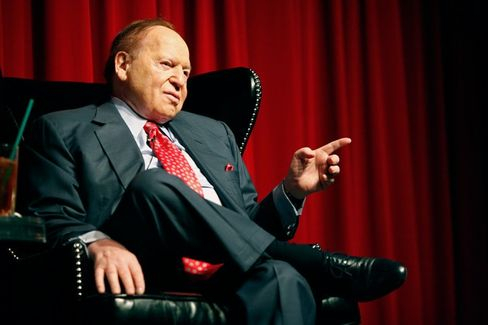 Sheldon Adelson's Search for an Electable Republican Who Hates Online Poker